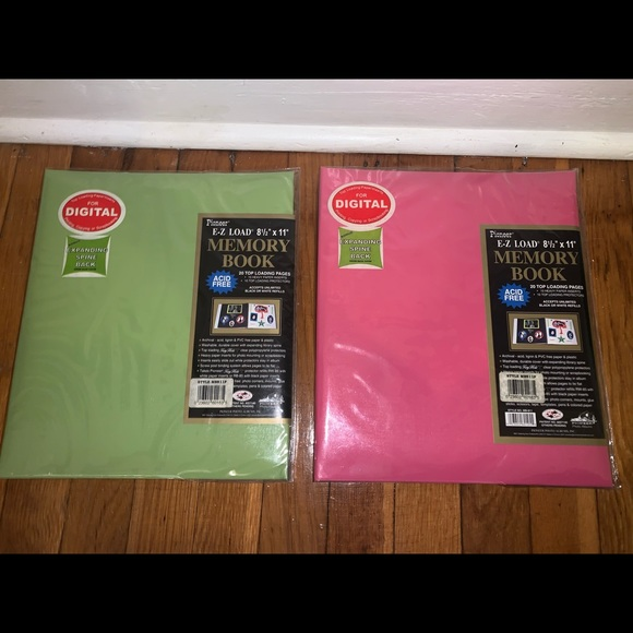 New two photo memory books pink green
